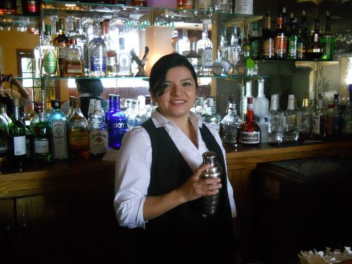 MD bartending grad Silvia
