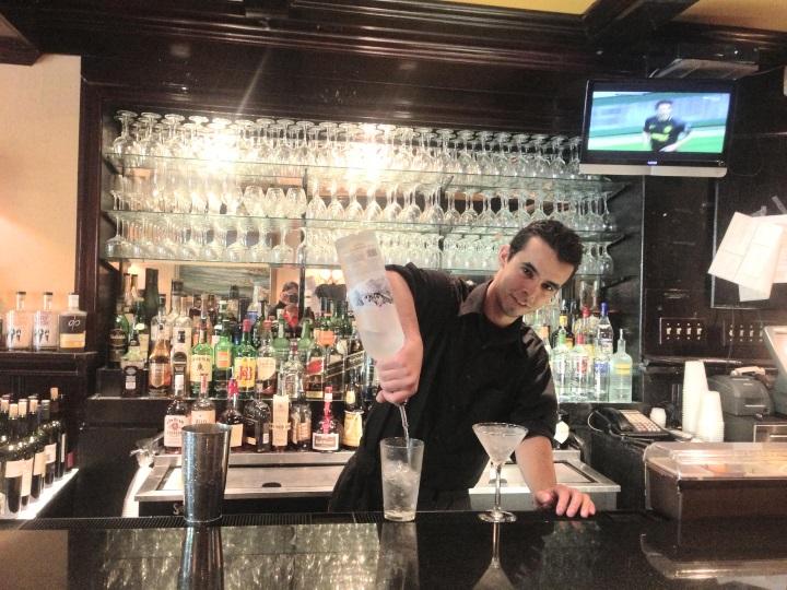 MD bartending grad Andre